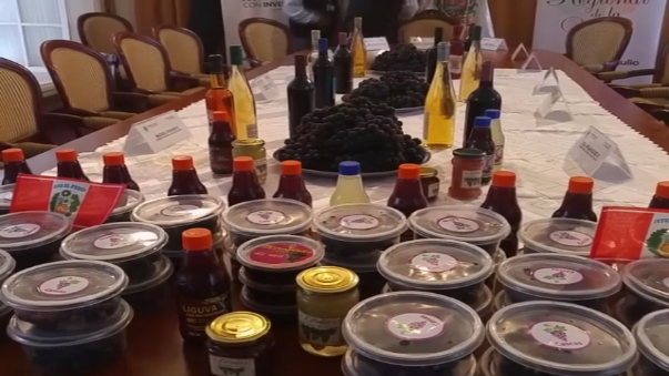 Cascas ofrece una serie de sabrosos productos a base de uva.