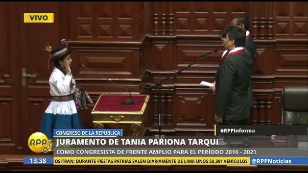 Tania Pariona juró