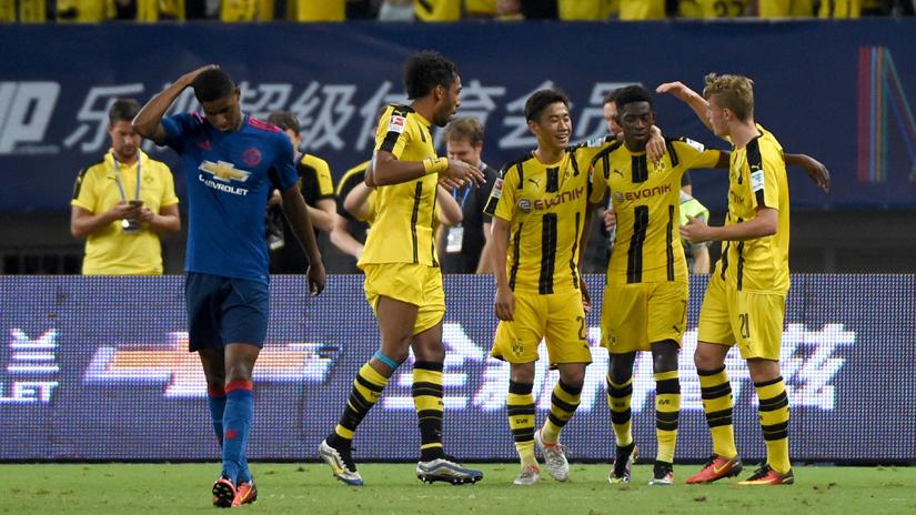 Manchester United perdió sin atenuantes ante Dortmund.