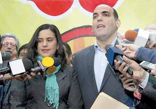 Marco Arana reveló que el próximo primer ministro Fernando Zavala les dijo en la reunión que tuvo con el Frente Amplio que no se vulnerarán los derechos de los trabajadores.