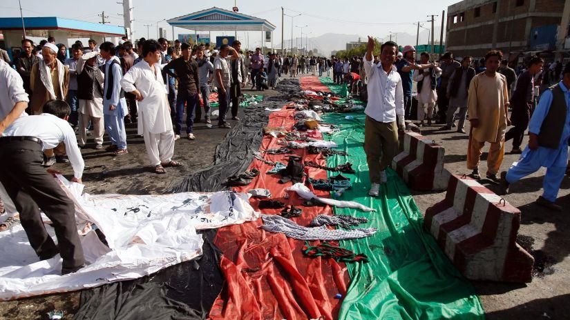 El atentado en Kabul dejo al menos 60 muertos y se dio durante una marcha pacífica en contra del gobierno local.