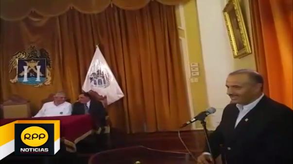 Ministro de Vivienda entrega S/ 500 millones para obras de alcantarillado.