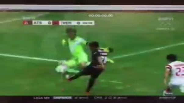 La gran tapada de Pedro Gallese en el Veracruz vs. Atlas
