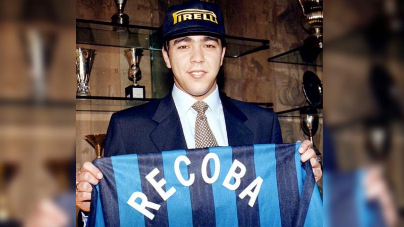 Tras destacadas apariciones con Nacional de Uruguay, Álvaro Recoba llegó al Inter de Milán.