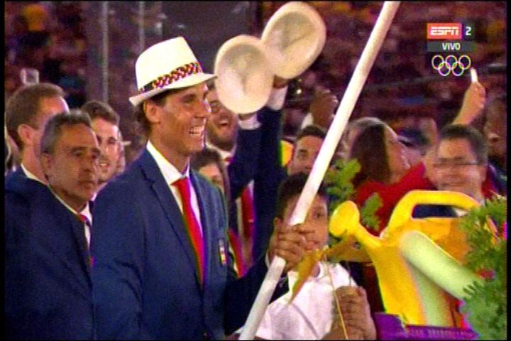 El Rafael Nadal fue el abanderado de la delegación española.