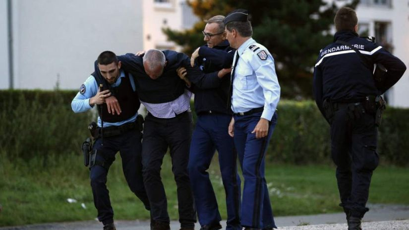 Un nuevo acto de violencia impactó a Francia, esta en la ciudad de Marsella.