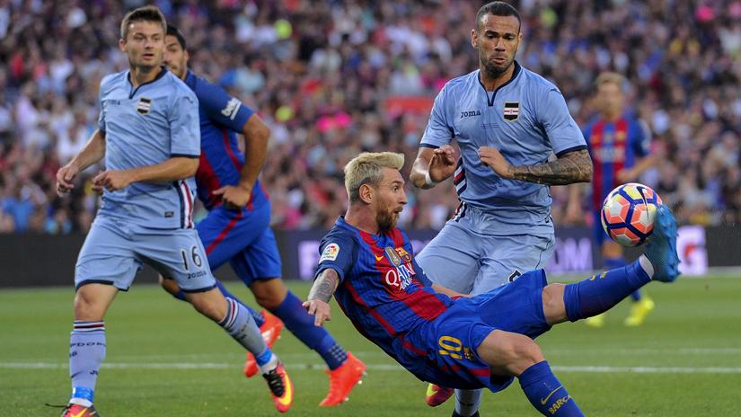 Gran pase de Messi para el gol de Suárez.