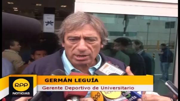 Germán Leguía criticó la cancha del estadio de Emelec.