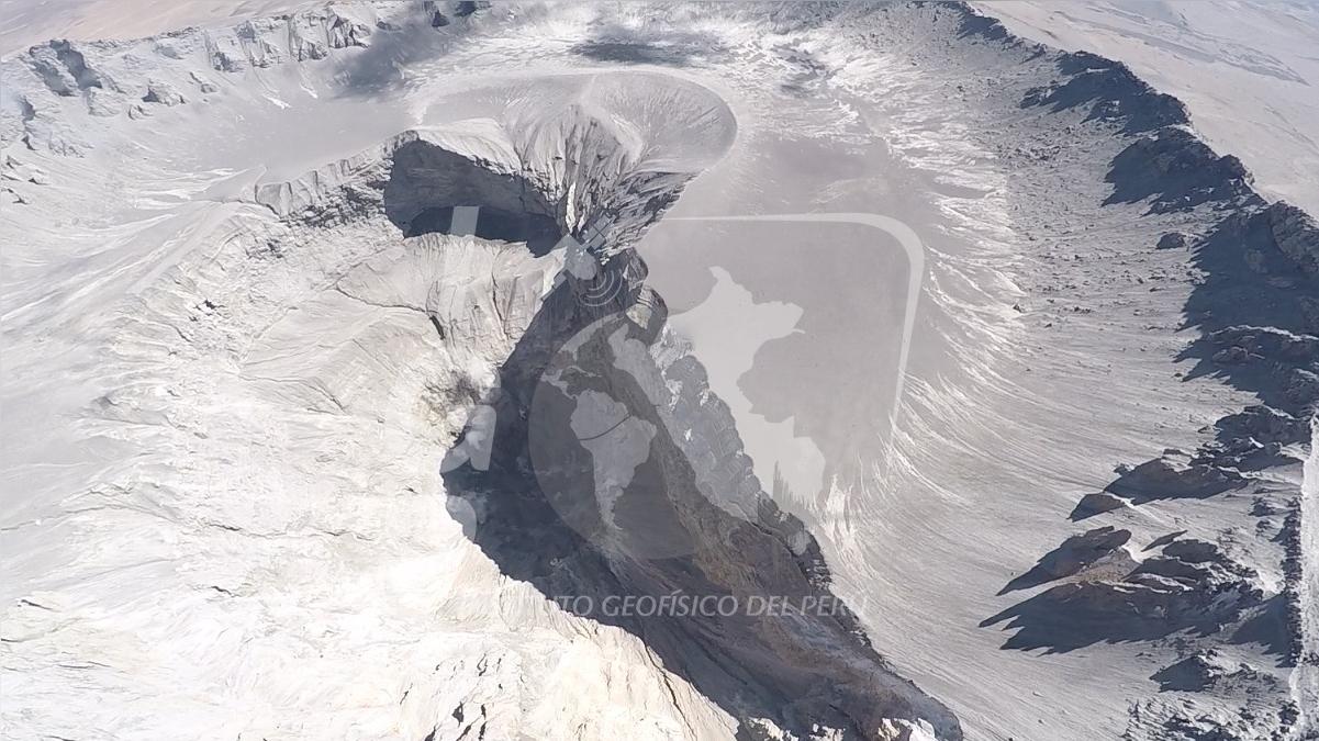 """Proyecto denominado """"Sistema de Monitoreo de Volcanes Usando Vehículos Aéreos No Tripulados""""."""