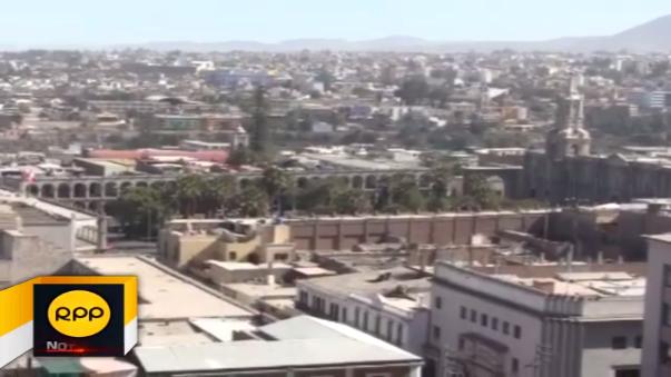 Gerente del centro histórico indicó que los propietarios no quieren invertir en el mantenimiento de sus balcones.