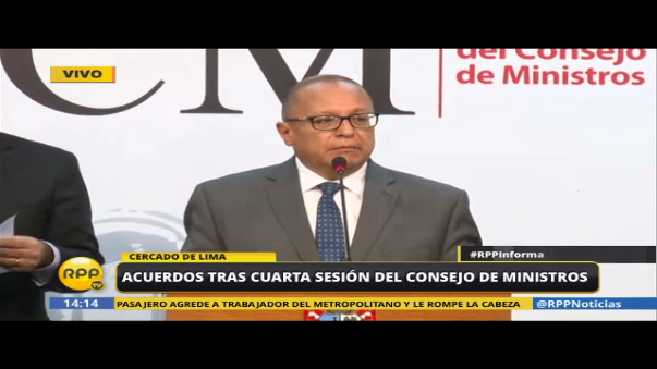 El ministro de Energía y Minas, Gonzalo Tamayo, en conferencia de prensa.