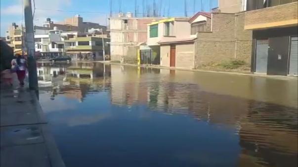 Varias calles inundadas