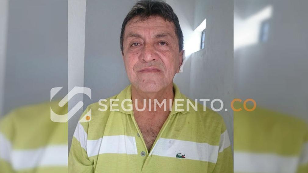 Gilberto González Arias fue arrestado cuando supuestamente intentaba abusar sexualmente de una de sus alumna.