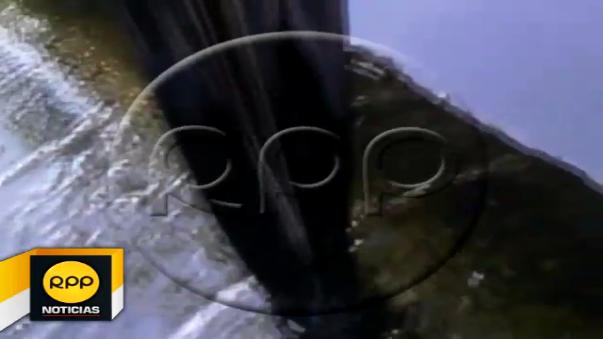 Imágenes corresponden a pocas horas de iniciarse el derrame del crudo en los kilómetros 54 y 55 del tramo I del Oleoducto Norperuano en la localidad de Urarinas.
