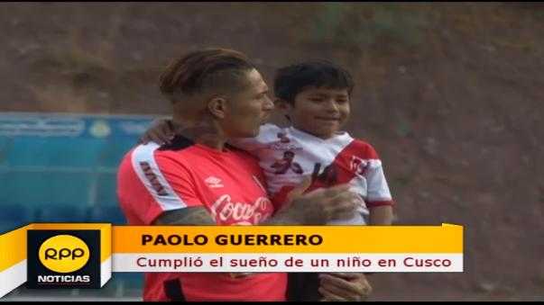 El delantero del Flamengo es uno de los más idolatrados en la Selección Peruana.