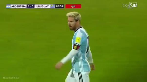 Se arrodillan ante Messi.