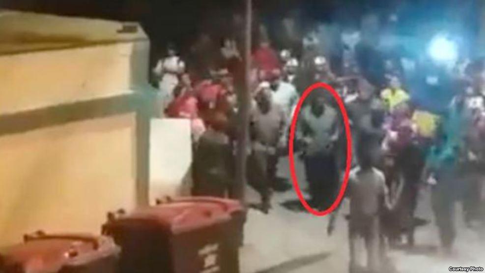 Varios videos del 'cacerolazo' contra Nicolás Maduro fueron compartidos en las redes sociales.