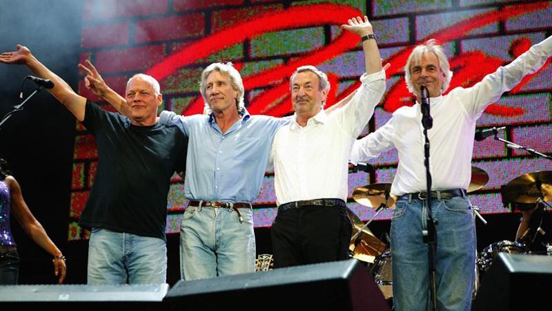 El reecuentro de los integrantes originales de Pink Floyd durante el Live 8 realizado el 2005 en Londres.