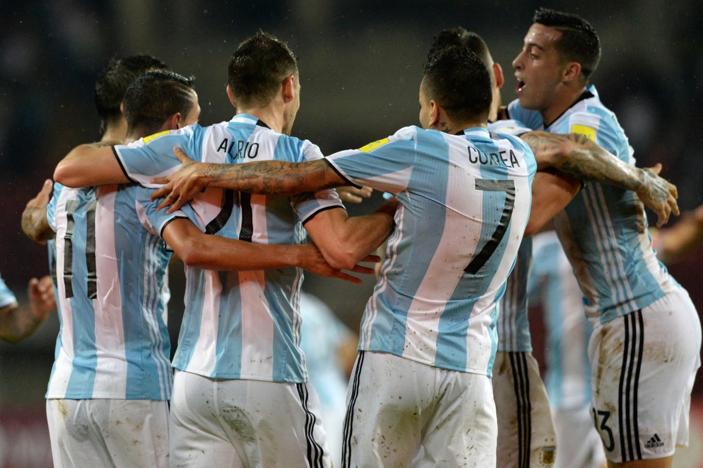 Argentina empató 2-2 con Venezuela.
