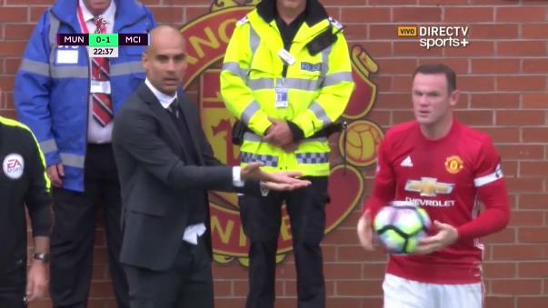 Acción se dio a los 22 minutos del primer tiempo, cuando el Manchester City ya gana con gol de De Bruyne.