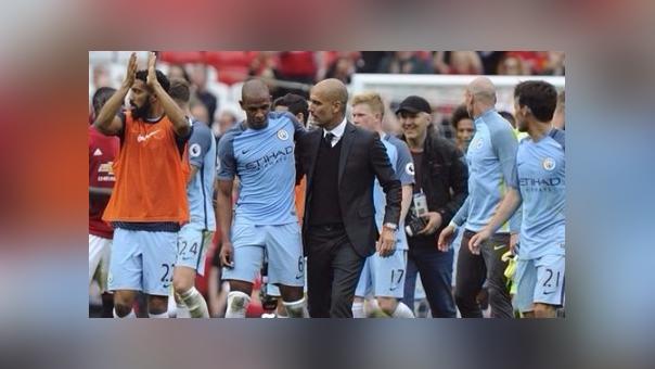 Manchester United 1-2 Manchester City (Resumen de goles).