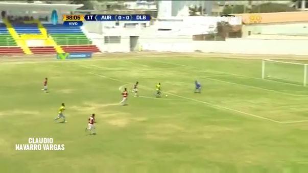 Wilmer Aguirre anotó su tercer gol a Juan Aurich. Los otros dos fueron con Alianza Lima en el 2013.
