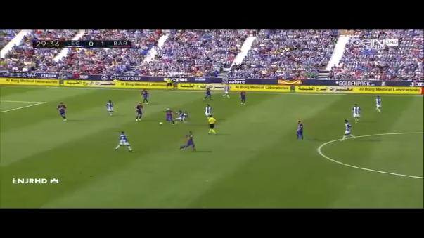 Neymar encendió la polémica en España por jugadas como esta en la goleada 5-1 ante Leganés.