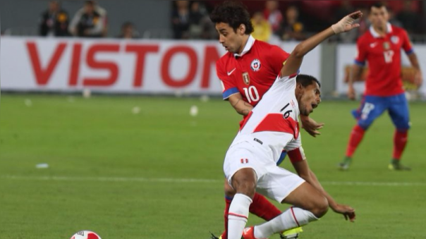 En el partido en Lima por las Eliminatorias a Rusia 2018, Chile ganó 4-3 a Perú.
