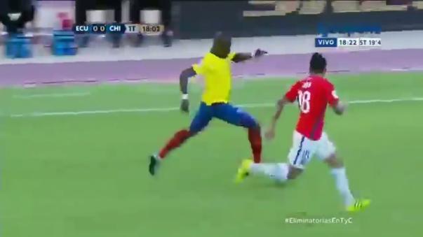 La Selección de Chile cayó 3 a 0 ante Ecuador en la fecha nueve de las Eliminatorias.