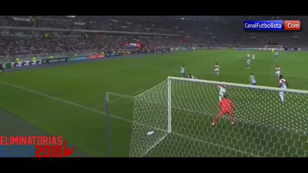 La Selección Peruana empató 2 a 2 con Argentina en la nueve de las Elimiantorias.