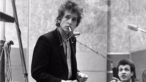 Bob Dylan se ha consagrado con el premio máximo de la literatura internacional