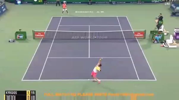 Ocupa el puesto 14 en el ranking ATP.
