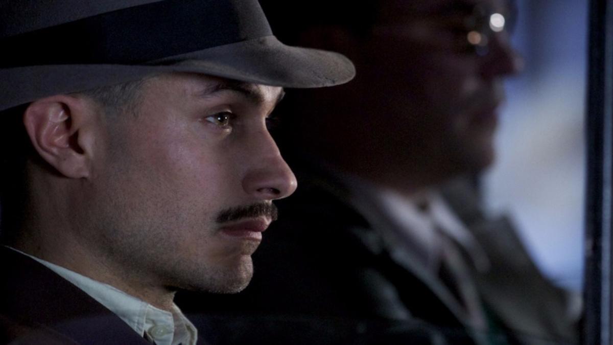 Neruda: Gael García Bernal es el héroe en comedia biográfica