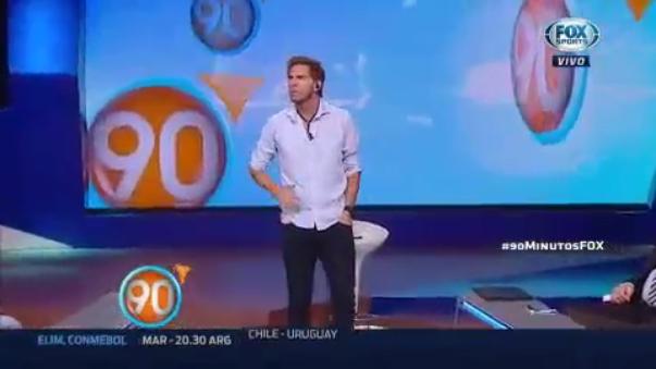 El periodista argentino lapidó a su selección y comentó que tres jugadores mundialmente reconocidos tendrían su ciclo cumplido.