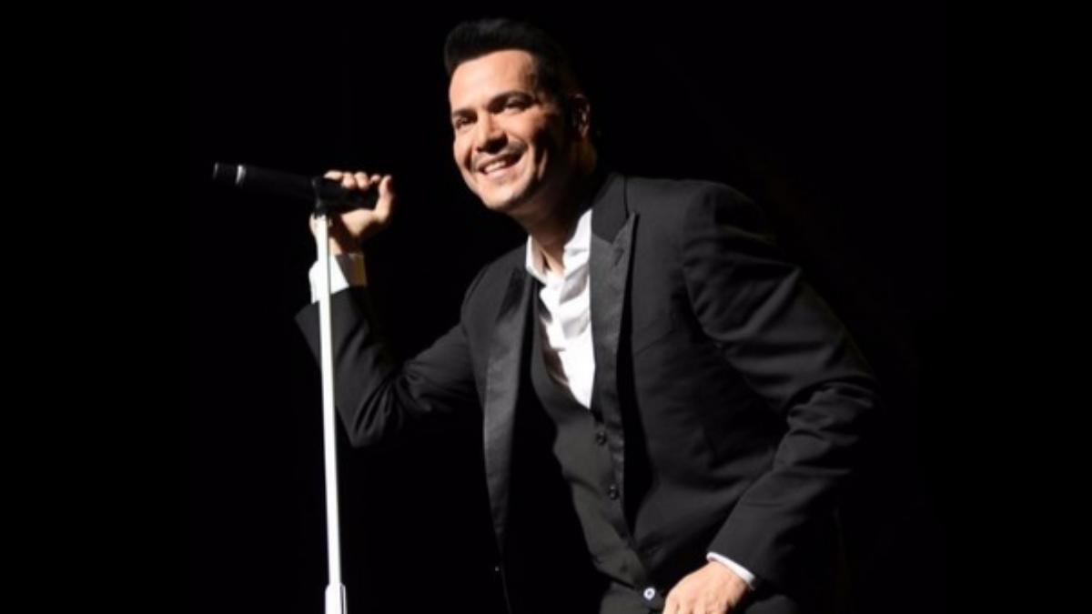 En una entrevista para Variety Latino, el intérprete de Si tu me besas comentó que Marc Anthony fue el encargado de elegir cada uno de los temas que serán cantados en su homenaje.