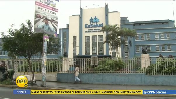 Luis Castañeda fue internado en el Almenara, pero según el gerente del hospital se encuentra estable.