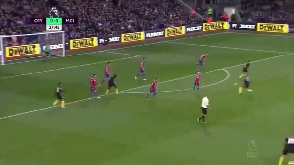 Aquí revive los goles del triunfo 2-1 del Manchester City sobre Crystal Palace.