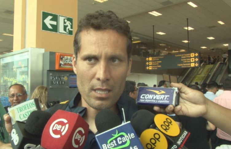 Leao Butrón habló fuerte y claro sobre situación de Alianza Lima.