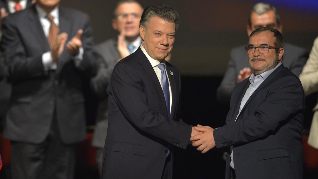 Este nuevo acuerdo complementa el original del pasado 26 de septiembre en Cartagena de Indias, el cual fue sometido a un plebscito a inicios de octubre y fue rechazado por la mayoría de colombianos.