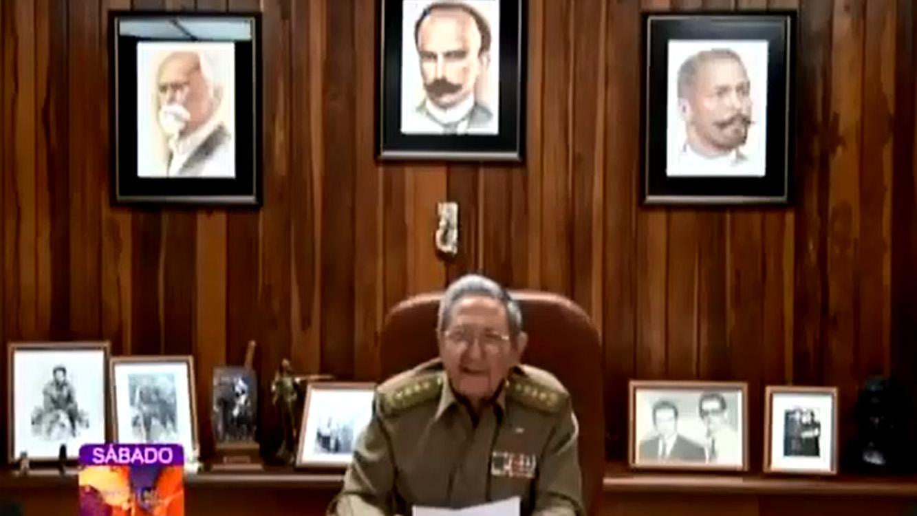 Raúl anunció la muerte de Fidel Castro.