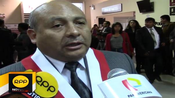 El parlamentario descalificó a Vladimiro Huaroc para el cargo.