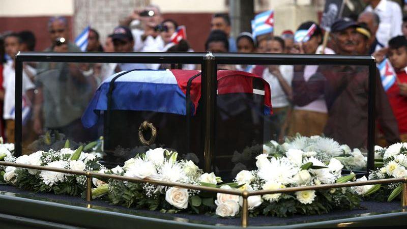 Las cenizas de Fidel Castro están realizando un recorrido por varias localidades de Cuba.