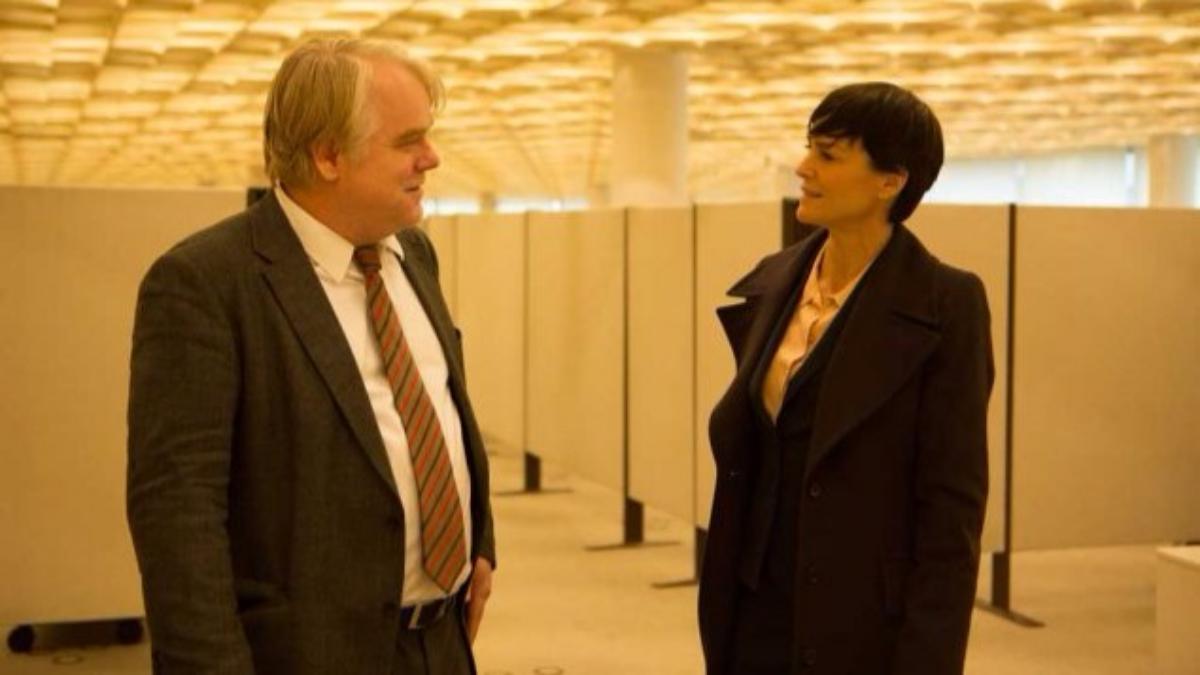 Phillip Seymour Hoffman y Robin Wright, Claire Underwood de House of Cards, en una de las escenas de la película.