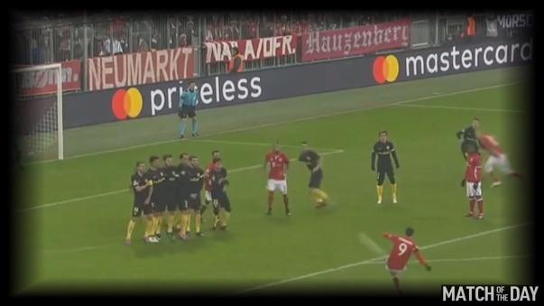 El golazo de tiro libre de Lewandowski al Atlético Madrid