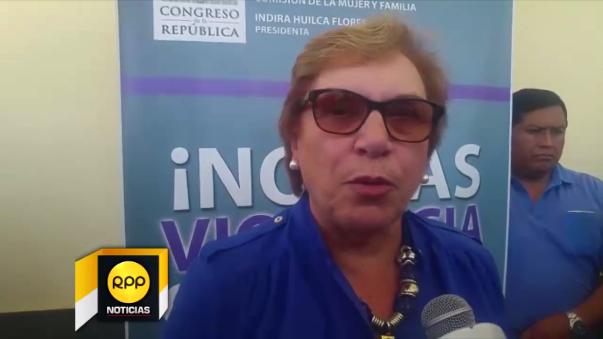 Ministra de la Mujer, Ana María Romero.