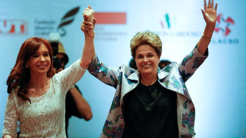 Ambas expresidentas participaron en Sao Paulo en un encuentro sobre el