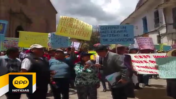 Ciudadanos se Movilizaron por diferentes calles y plazas de Cusco.