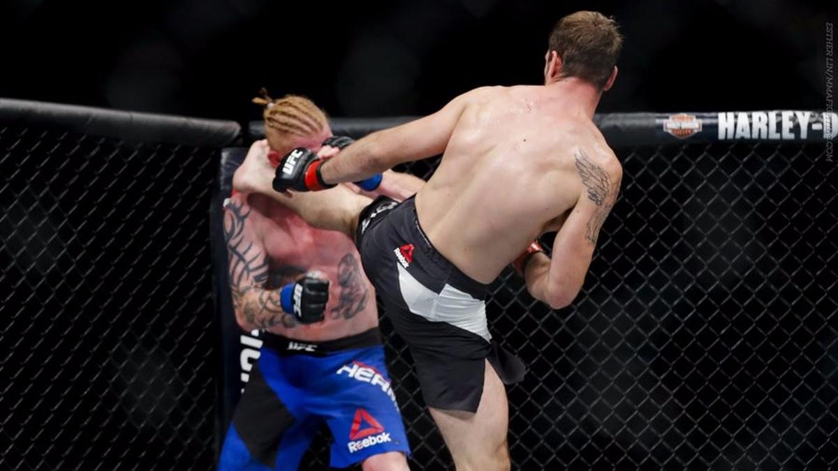 5) Nikita Krylov destrozó a Ed Herman con una patada en la cabeza.