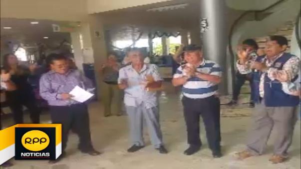 Protestaron en las instalaciones del municipio de José Leonardo Ortiz.