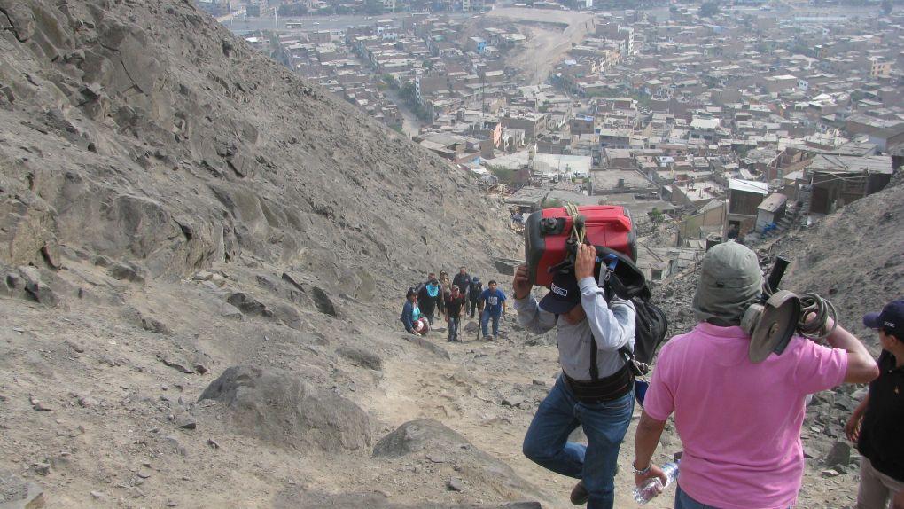 Las instalaciones de radios clandestinas se hacen en cerros para tener mayor cobertura.